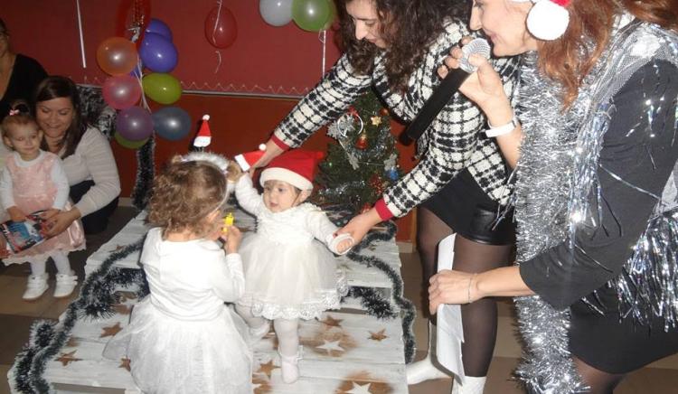 Жените-социалисти направиха щастливи децата в Кърджали с коледен конкурс